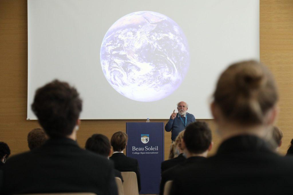 Beau Soleil da la bienvenida al premio Nobel Michel Mayor